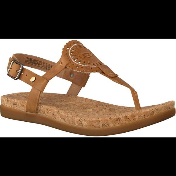 a96678cc 💥FLASH SALE💥UGG Women's Ayden ll Sandals 👡🔥 NWT